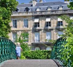 Romance au coeur de Bordeaux / Jardin Public 1
