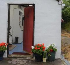 White Cottage 2