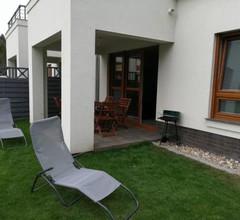 Apartament z ogródkiem 2