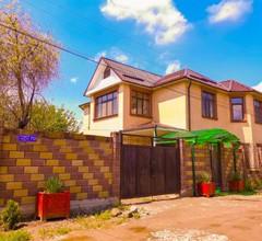 Kurak Homestay & Hostel 1