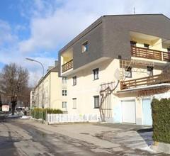 Warmbad Apartments 2