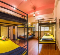 Bombay Backpackers Pune 1