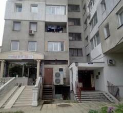 Nana's apartment 2