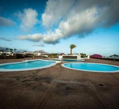 Guesthouse Backpackers Playa Blanca 2