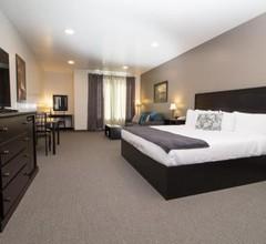 Roadhouse 52 Inn & Suites 2