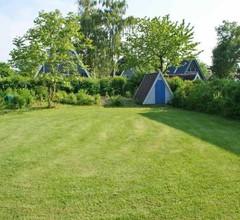 Zeltdachhaus mit WLan und Zaun 2