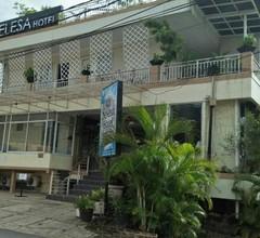 Selesa Hotel 1