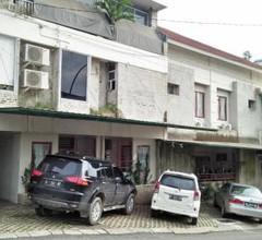 Selesa Hotel 2