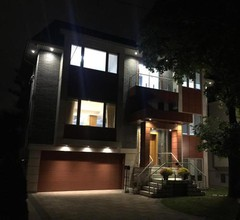 Hillcrest Modern House 2