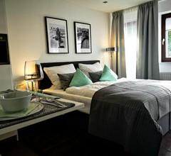 RhePi-Apartment 1
