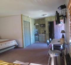 Mountain Motel 2
