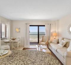 Tropical Suites at Sunglow Resort 2