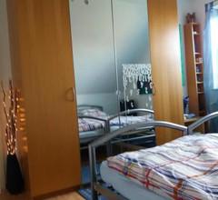 Ruhiges Zimmer direkt an den Leineauen 1