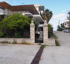 Stonehouse in Akrata 2