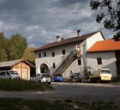 Romedihof Backpacker Hostel 2