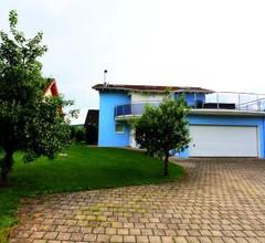 Leon's Holiday Homes Villa 1 2