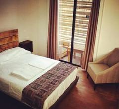CASA BONITA Hotel & Hostal 2