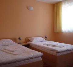 Hostel Sylvia 2