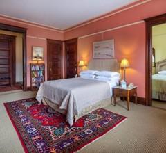 Manhattan Guest Suites 1