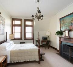 Manhattan Guest Suites 2