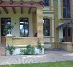 Residenz Villa Kult 2