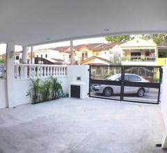NINETEEN BCH Homestay @ Bandar Country Homes, Rawang 2