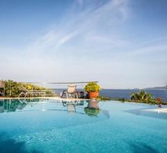 Verghia Villa Sleeps 13 Pool Air Con WiFi 2