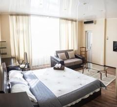 Apartment on Kunayeva 38 2