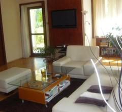 Exclusive apartment in villa 1