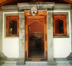 Saraswati Holiday House 1
