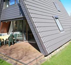 Zeltdachhaus mit viel Platz - Parkplatz vor der Haustür 1