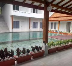 Sinom Borobudur Heritage Hotel 1