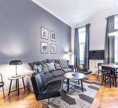 Eddie's Design Apartments 2