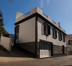 Mateus House - Porto da Cruz Center 2