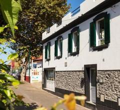 Mateus House - Porto da Cruz Center 1