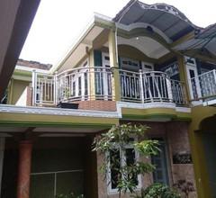 Waroeng Transit & Depary Homestay 2