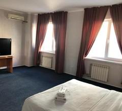 Pekin Hotel 1