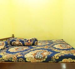 Dharmawati Homestay Syariah at Terminal Purabaya 1