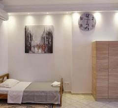 Alexis House Studio 2