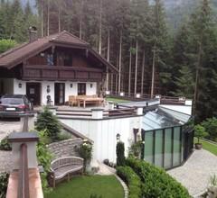 Haus in den Bergen 1