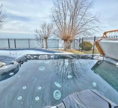 Lakefront Niagara Executive Stay 2