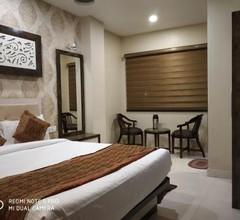 Hotel Aadesh Palace 1