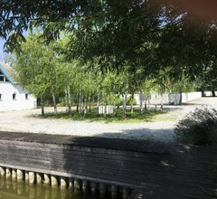 Bootshaus am See 2