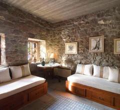 Aegina Dorfhaus 1