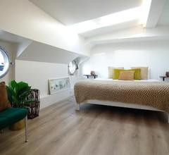 Eco HouseBoat 2