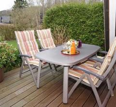 grosse sonnige Terrasse mit Markise und W-LAN kostenlos 2