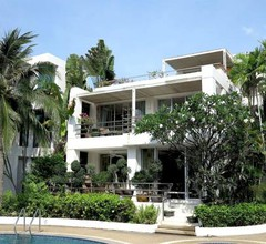 Front Samet Beach house with swimming pool 1