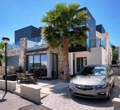 Villa Oasis Hill 2