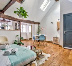 Lovely Cocoon in the Heart of Paris - An Ecoloflat 1