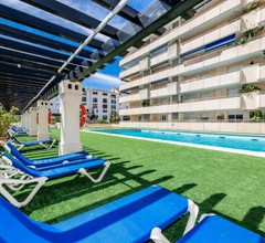 Bright apartment in the heart of Puerto Banus 2